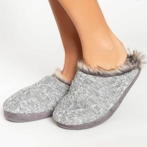 🧦 PJ SALVAGE FAUX TRIM CABLE SLIPPERS